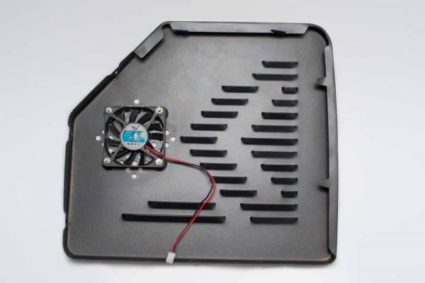 Behmor Seite Rechts mit Ventilator